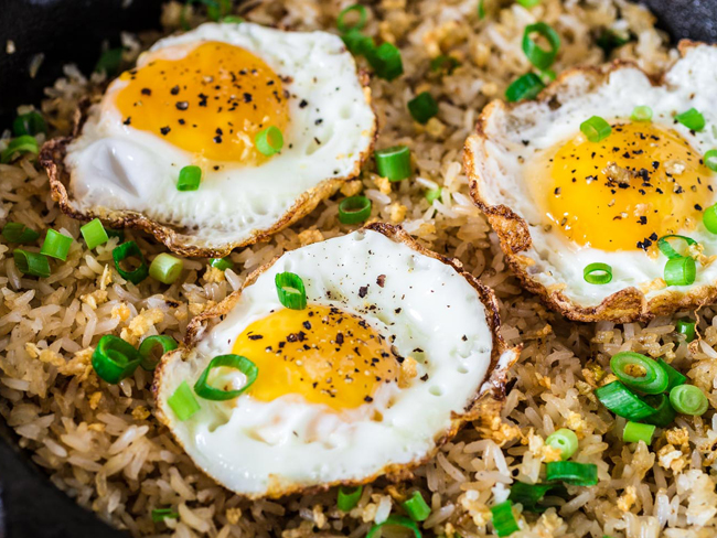 egg-with-garlic-fried-rice